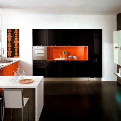 Стильный черный цвет на кухне