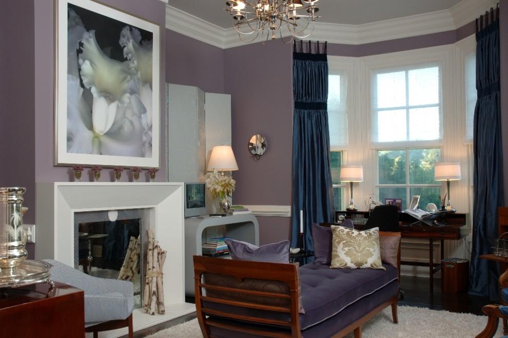 Лиловый в интерьере гостиной