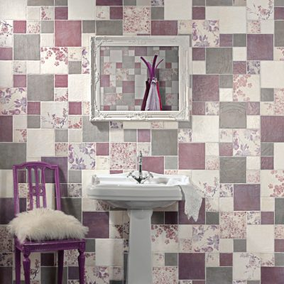 Сочтание плитки пэчворк в розово-сиреневой гамме