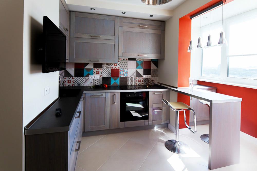 Расширение кухни за счет зоны балконы