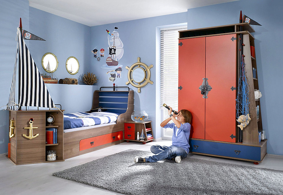 Детская с мебелью в морском стиле