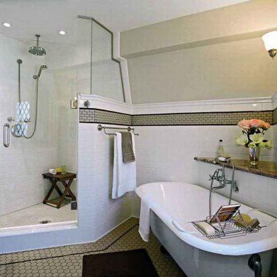 Ванная с душевой в викторианском стиле