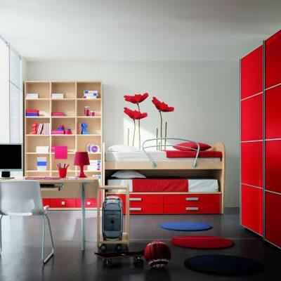 Комната красного оттенка для девушки