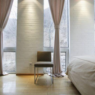 Пример штор в спальне