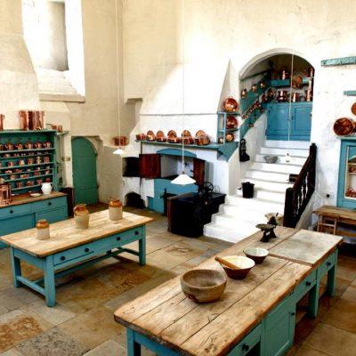 Зеленые тона кухни
