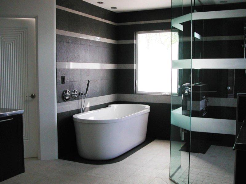 Миниатюрная ванная в комнате