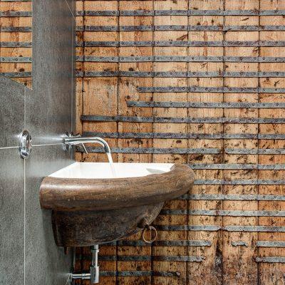 Раковина в интерьере ванной