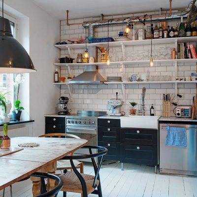 Роль полок на кухне