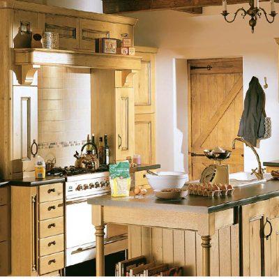 Бежевый цвет кухни