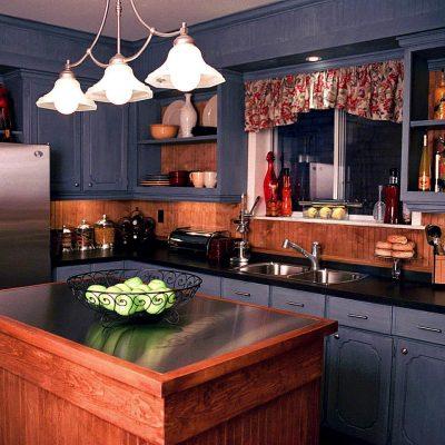 Насыщенные цвета кухни