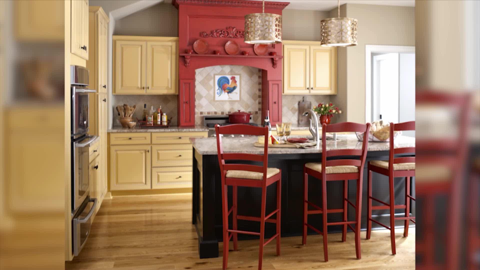 Красивое сочетание красного оттенка на кухне