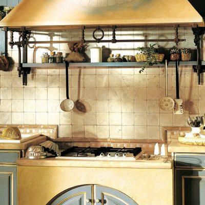 Кухонные приборы в интерьере