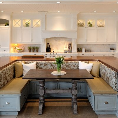 Угловая кухня на фото