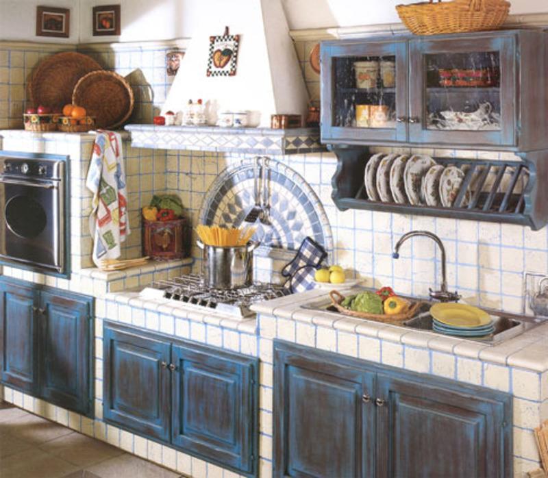 Кухня в стиле кантри - отделка, цвет, мебель, текстиль