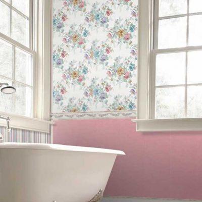 Розовый акцент в ванной