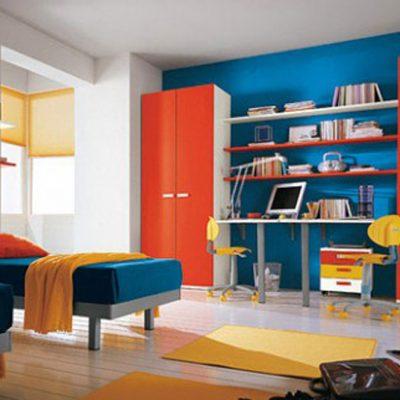 Яркая мебель в детской