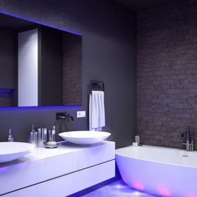 Хай тек стиль ванной комнаты с подсветкой