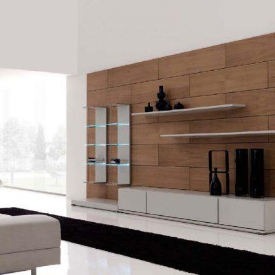 Деревянная стена в гостиной
