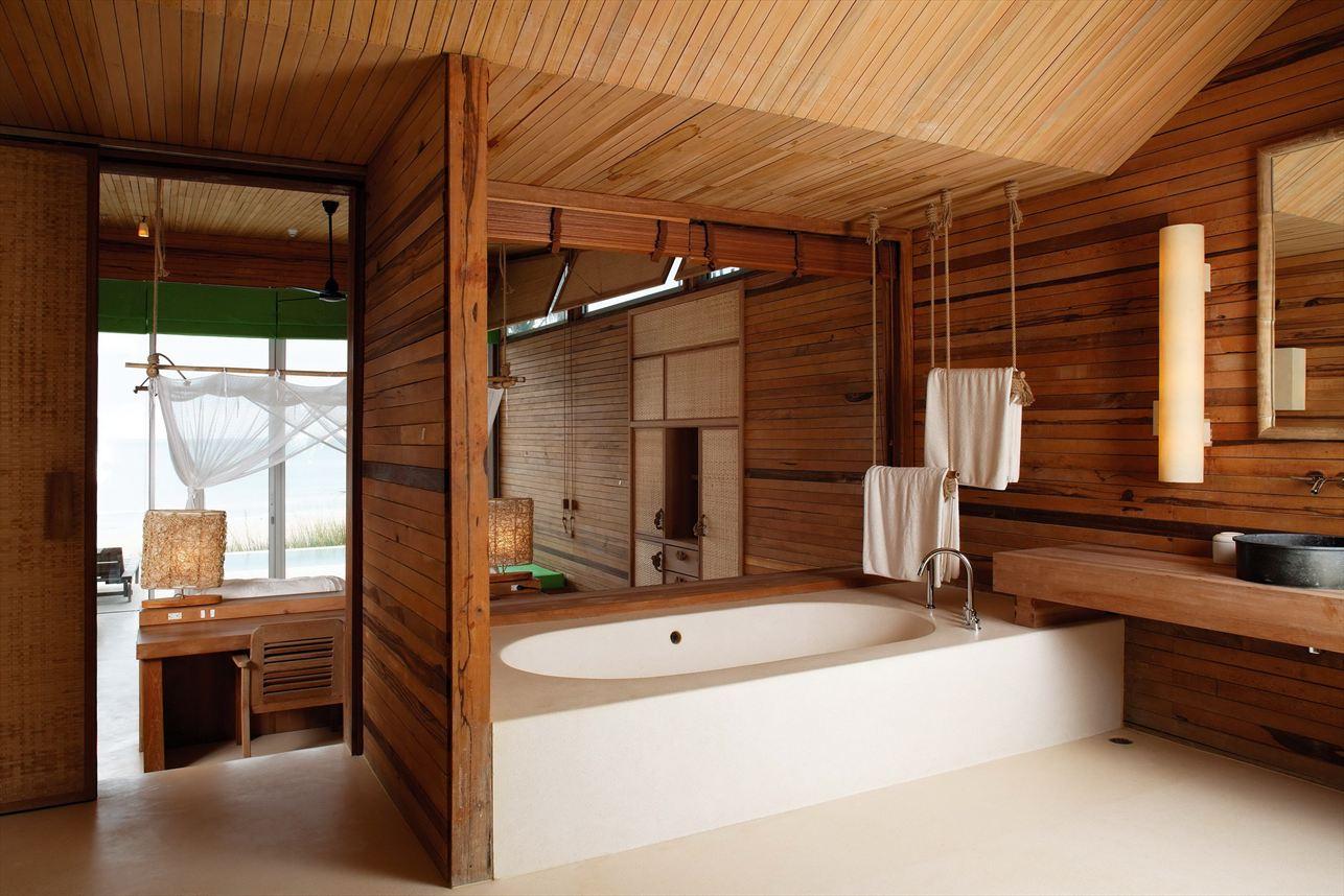 Дизайн ванная комната из дерева