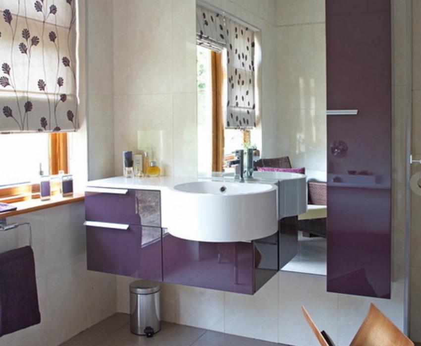 Фиолетовая отделка стен