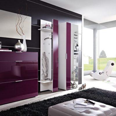 Фиолетовая стенка