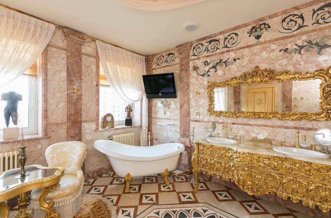 Ванная комната в стиле барокко : фото в интерьере