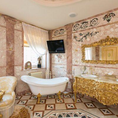 Телевиор в ванной
