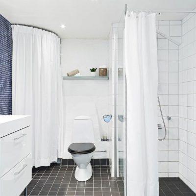 Большая ванная на фото интерьера скандинавского стиля