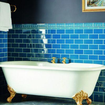 Ванна голубая