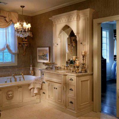 Двери в ванной