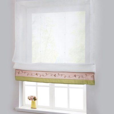 Шторы на маленьком окне