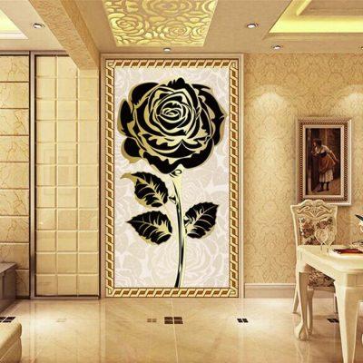 Роза в интерьере прихожей