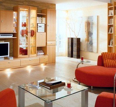 орнажевая мебель в интерьере гостиной