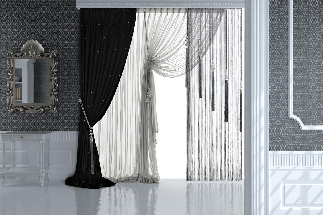 Плотную портьеру можно сочетать с легкой гардиной или шторами кисея