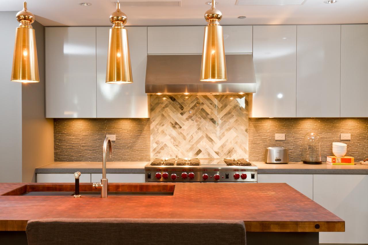 Золотистая кухня дизайн фото
