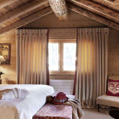 Крыша шале спальни