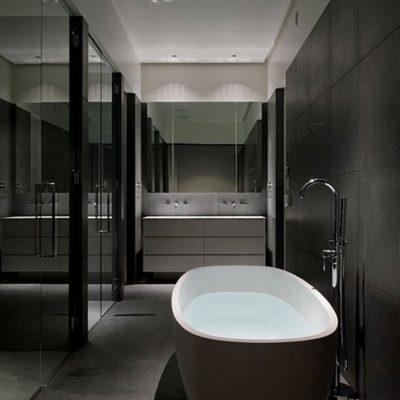 Черные стены в ванной