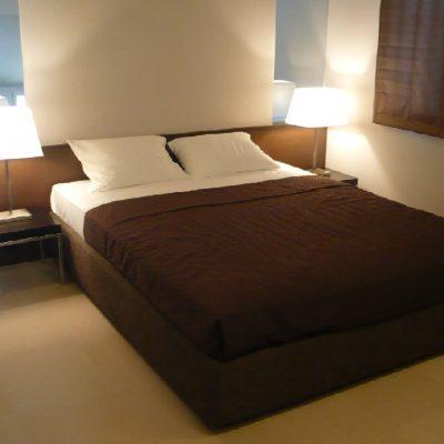 Обычная кровать