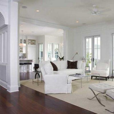 Мебель для гостиной в духе неоклассики в стильной гостиной на фото