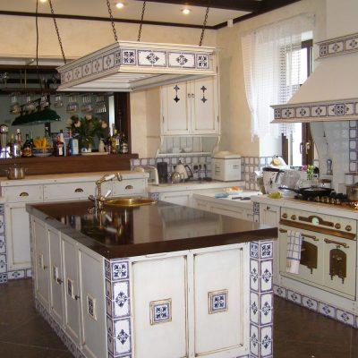Кухня в интерьере со шторами в прованс