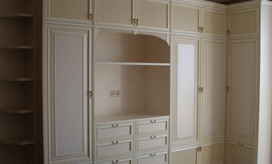 Спальня в классическом стиле - каталог и фото мебели mr.door.