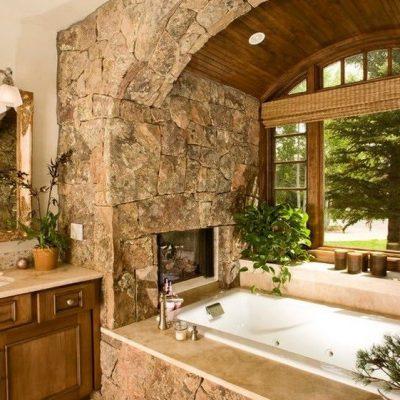 Оформление ванной камнями