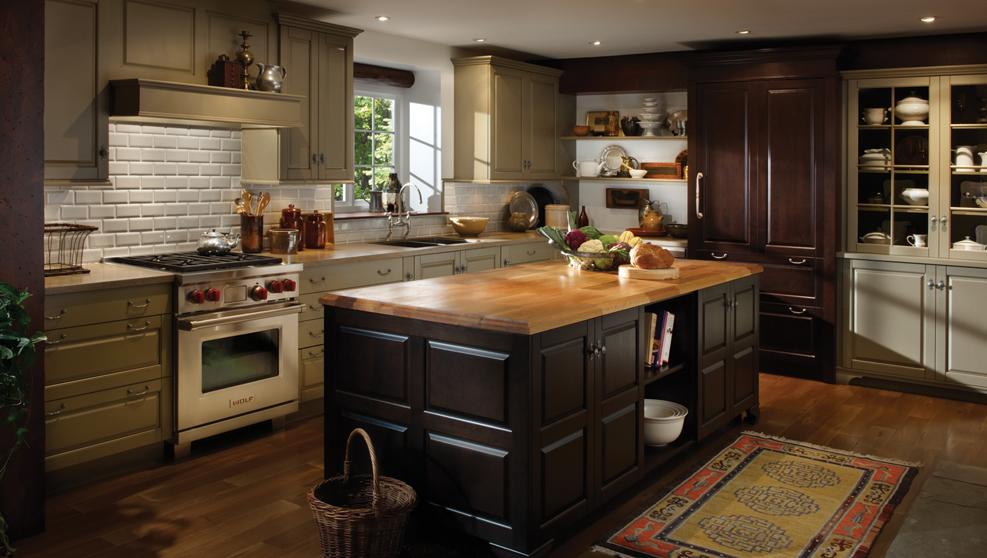 Ковер хоть и не практичный аксессуар, но точно добавит уюта на кухне