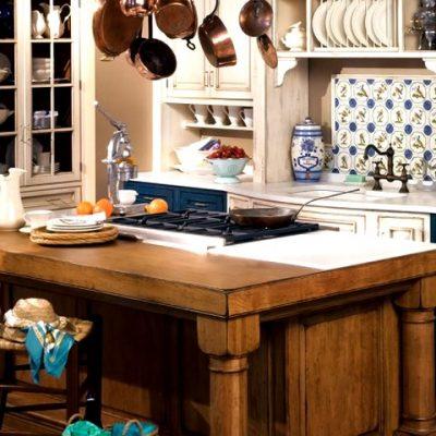 кухонный стол в стиле прованс
