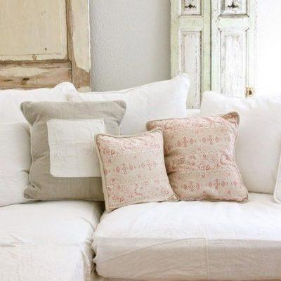 Подушки стиля шебби