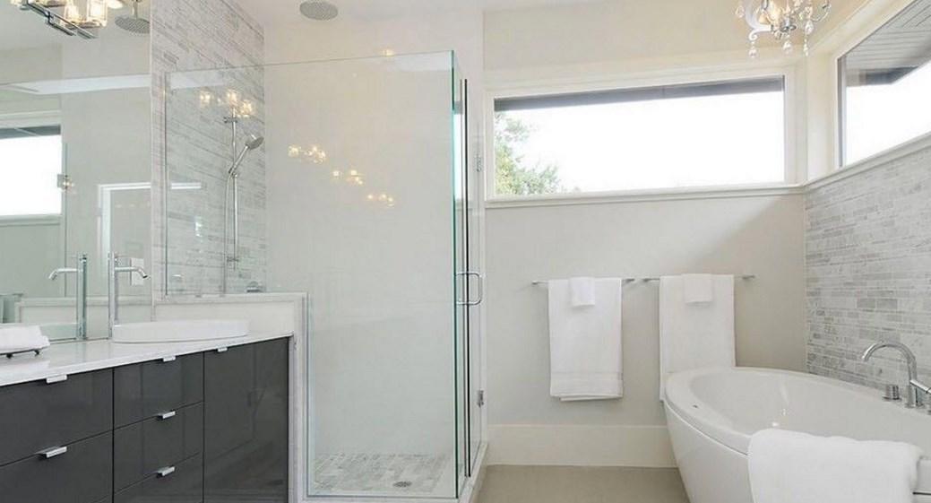 Белый цвет интерьера ванной