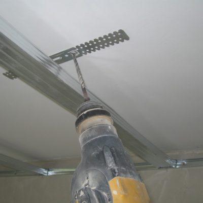 Крепёж к потолку