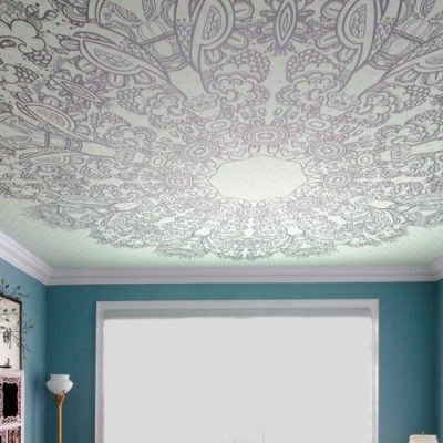 Бесшовный потолок с рисунком