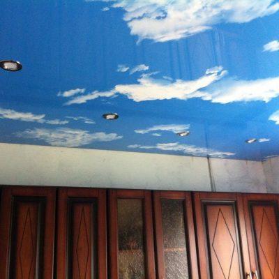 Бесшовный потолок фотопечатью
