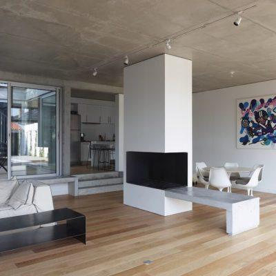 Интерьер ы лофт с бетонным потолком